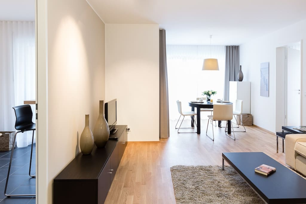 design apartment in cologne apartments for rent in cologne north rhine westphalia germany. Black Bedroom Furniture Sets. Home Design Ideas