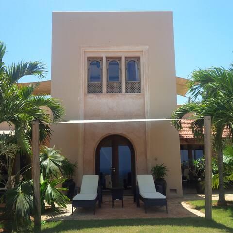 Golf Villa - 1 bedroom - 2 minutes walk to club - Mombasa - Casa de campo