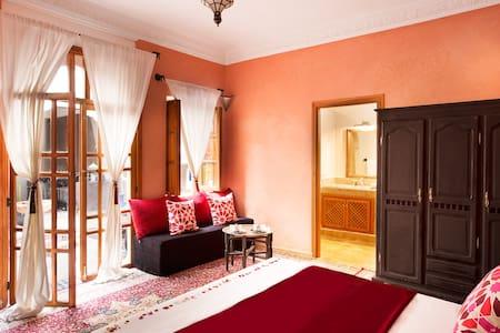 Suite Luxe Bordeaux - Marrakesh - Bed & Breakfast