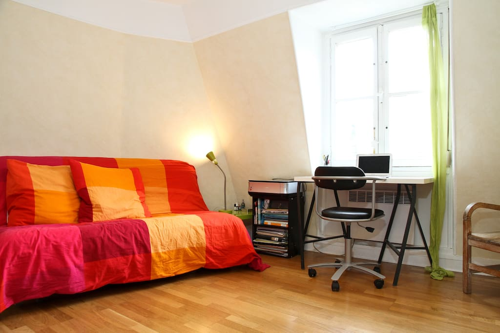 Lovely studio close to Montmartre