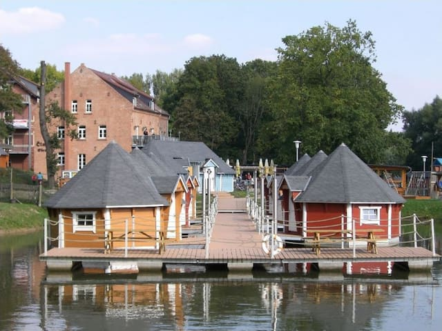 Floating cabin for 3 people 2.3 - Eberstedt - Cottage