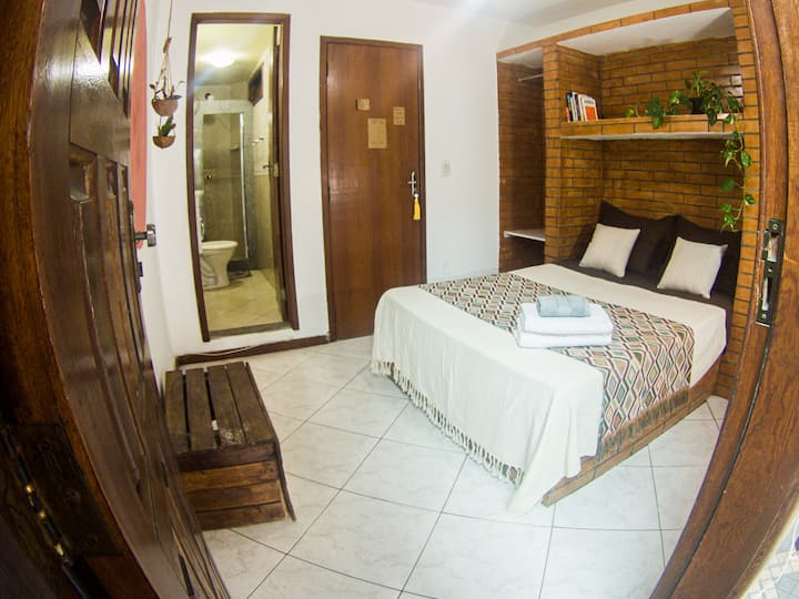 Suite Privada/ Centro Arraial do Cabo