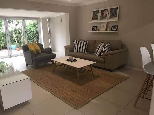 Stunning home in heart of Umhlanga - Umhlanga - Townhouse