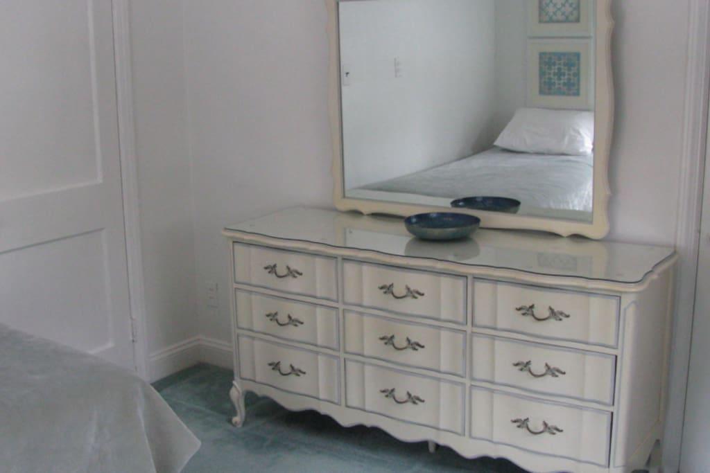 Heirloom furnishings