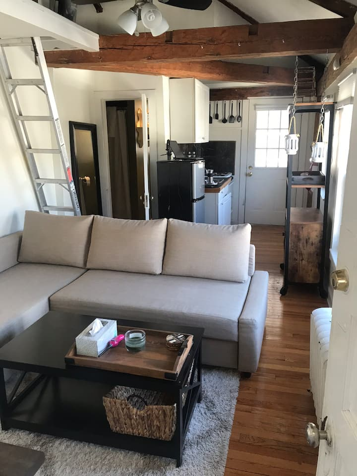 Downtown Salem Studio Loft
