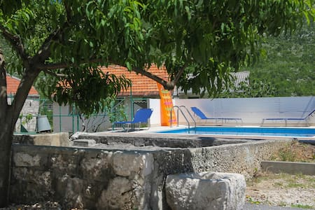Holiday home Slivno - Slivno - Talo