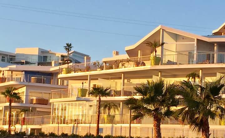 New ap. terrace, sea view in Reserva del Higueron