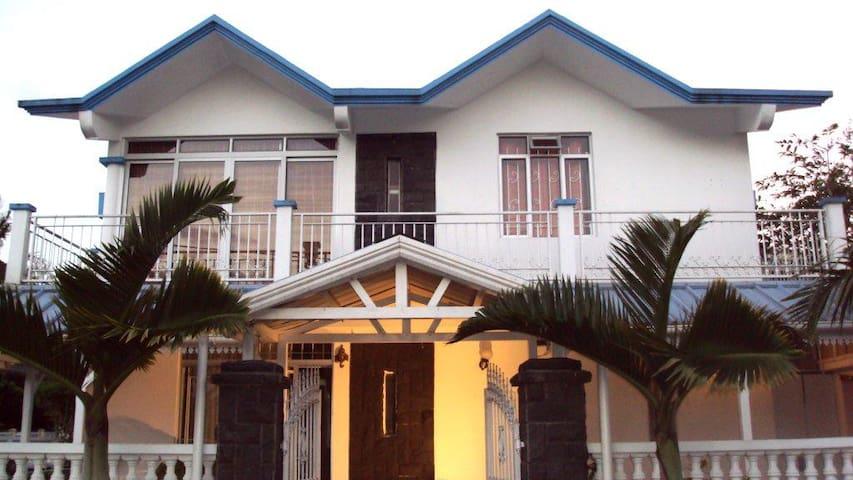 Eco BnB in Mauritius - Quatre Bornes - Bed & Breakfast
