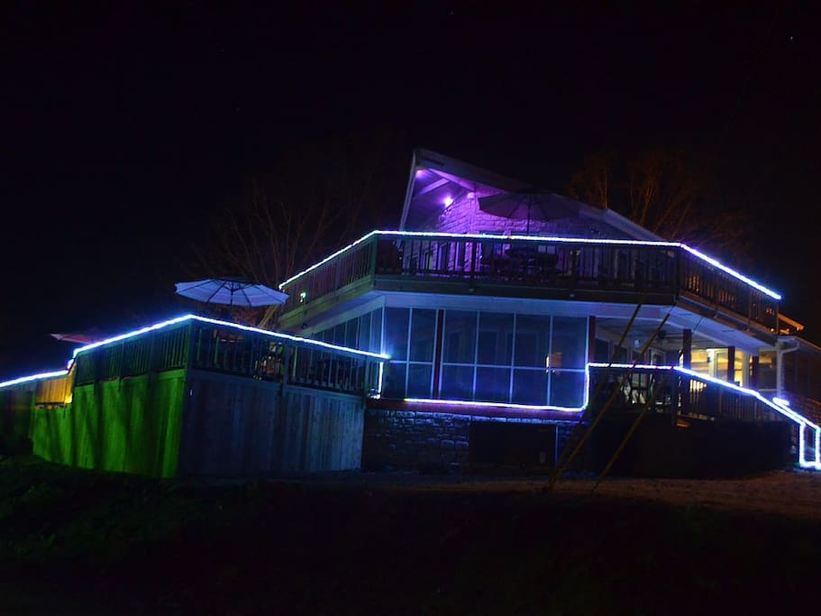 Enjoy an amazing outdoor lighting on the house, pool area, balcony and more!