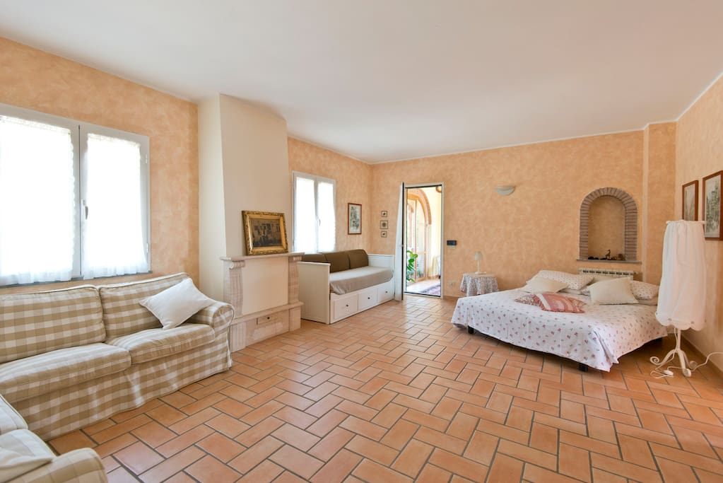 B b le baruffe chambres d 39 h tes louer rome latium for Chambre hote rome