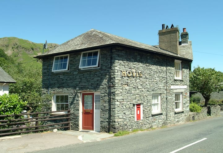The Old Post Office, Chapel Stile