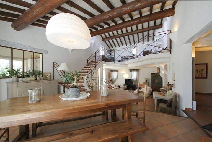 Maison confort et qualité à Gordes