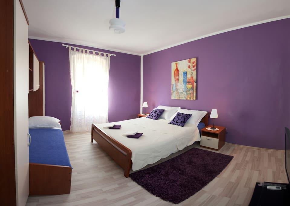 Spacious separate bedroom for 3 people