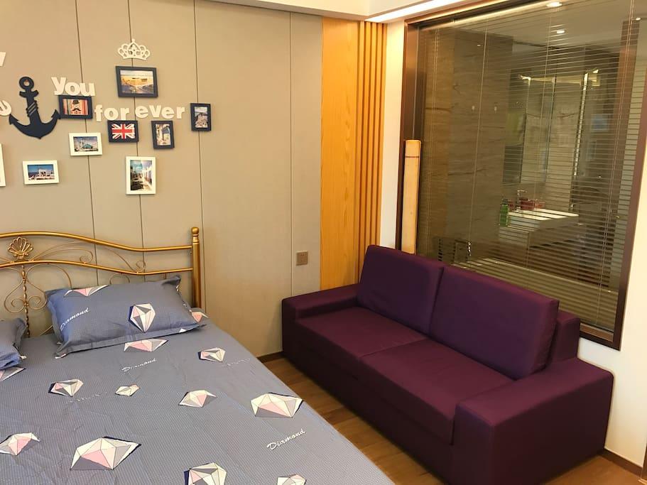 1.8厂的北欧葡萄紫沙发