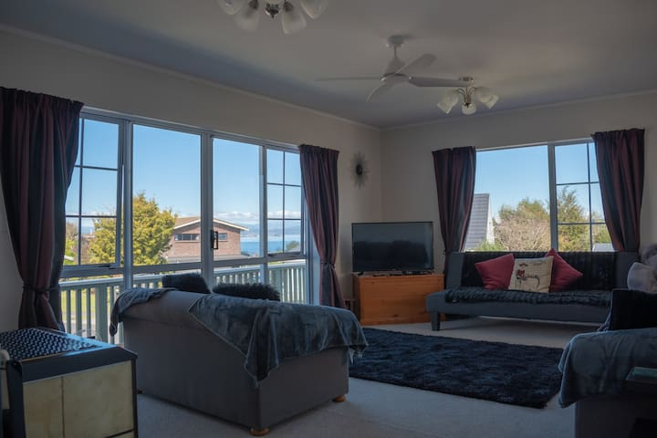 Close to Town with Lake and Mountain Views