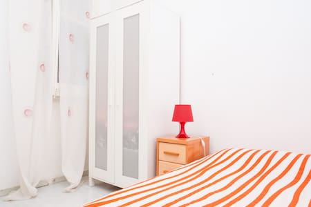 GREAT DOUBLE Room+WIFI+CENTRIC - Barcelona - Wohnung
