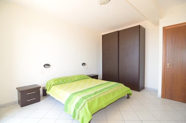 Three bedrooms apartament