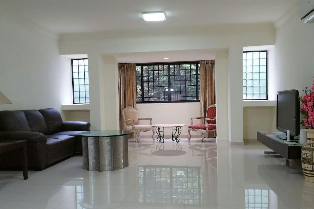 nice and quiet environment appartements en r sidence louer singapour singapore singapour. Black Bedroom Furniture Sets. Home Design Ideas