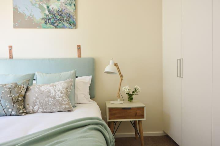 Second queen bedroom