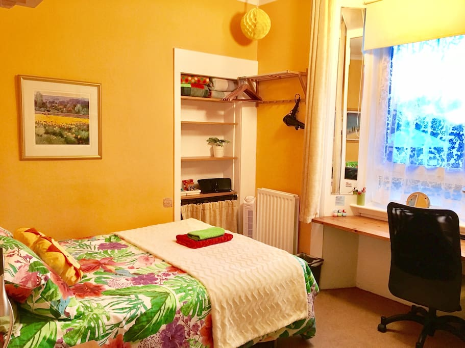 Lgbt Edinburgh Room To Rent