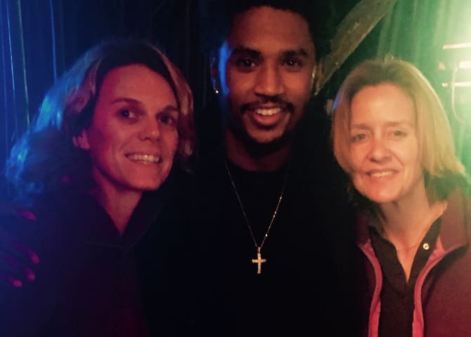 Trey Songz films his music video at our Alpaca Treehouse.