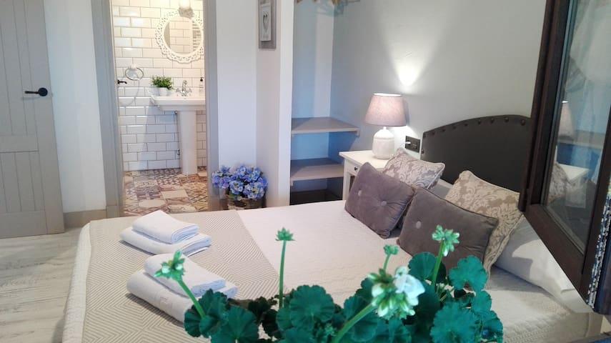 Apartamentos  El Llanin, Nieda