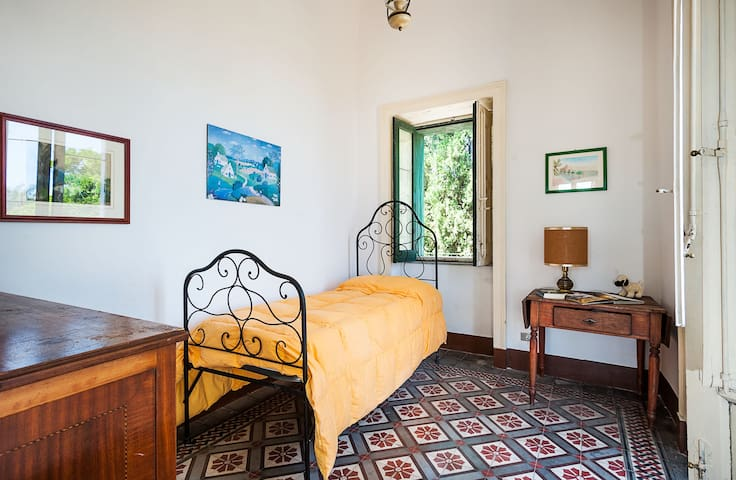 18th C. Sicilian Retreat with garden and terraces - Riposto - Villa