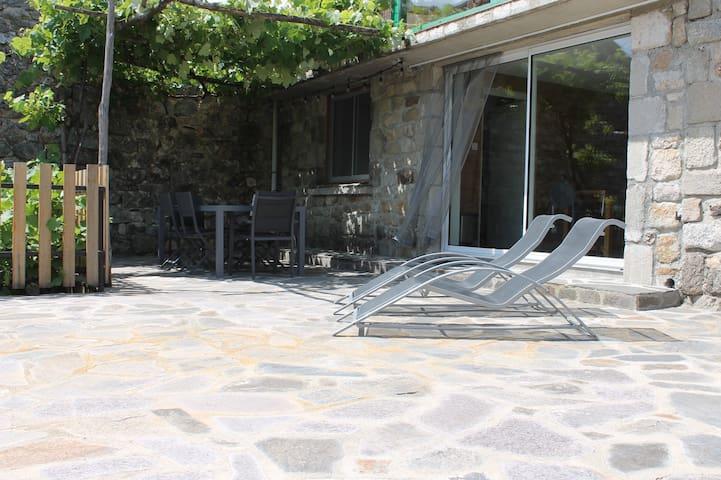 Location Les Aydons (Pied de Borne - Villefort)