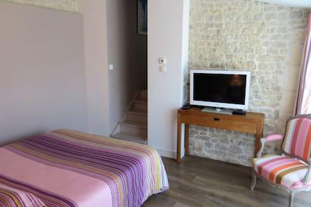 La Studette violette - Dompierre-sur-Mer