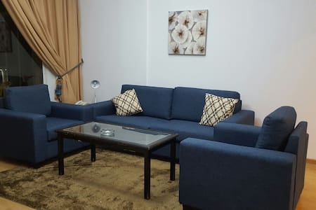 Charming 1BD Apartment-Suite in the Heart of Hamra - Bejrút