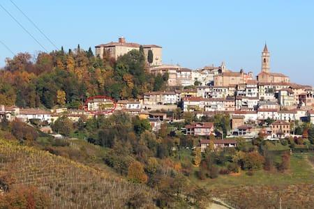 Dimora al Castello - Govone Alba - Govone - Byt
