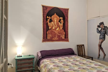 Room in the historical Barri Gotich.Center of city
