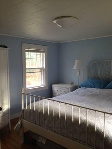 Luxury new Queen bed!