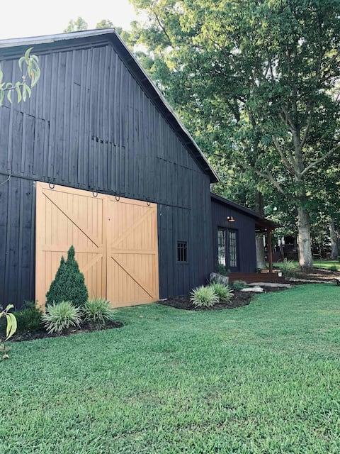 The FarmHouse Barn Suite