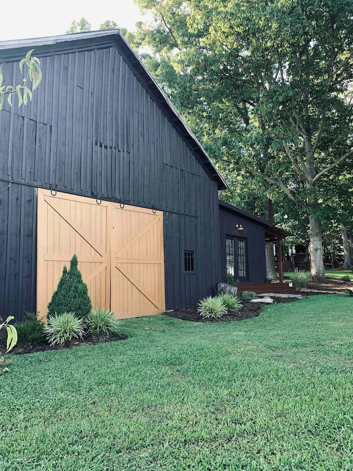 The FarmHouse Barn Suite