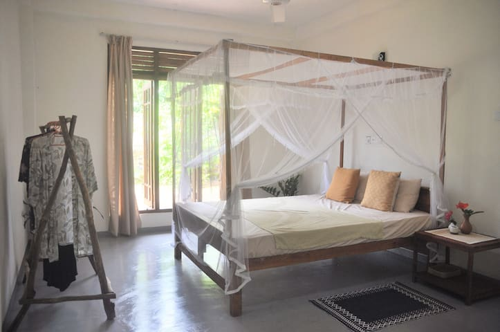 Private Room @ Jungle House Midigama