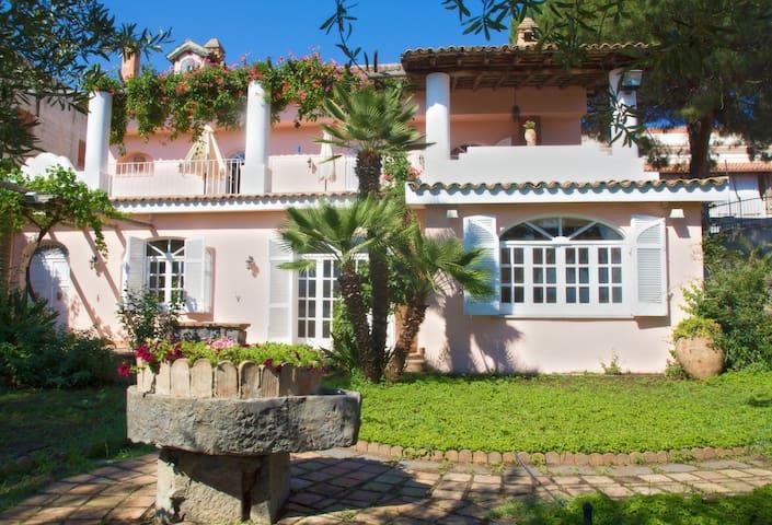 Luxury villa with garden - Giardini Naxos - Villa