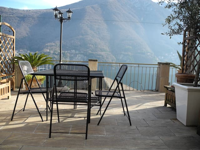 Lake Como's view country house - Laglio - Rumah