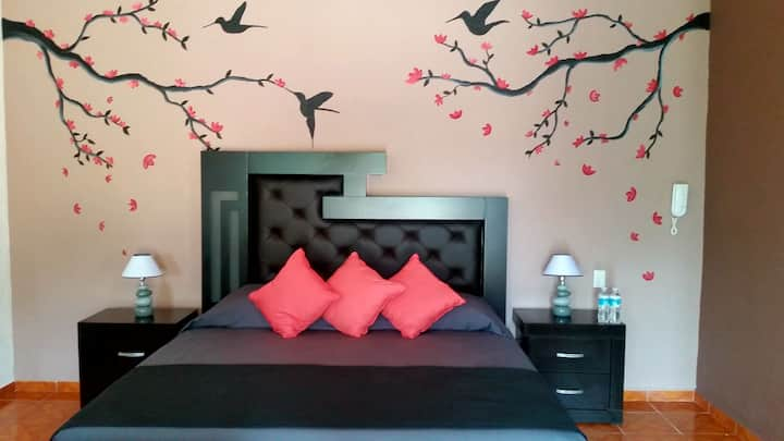 "Hotel ""La Sofia""Estancia Estandar Marie 2"