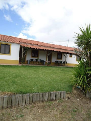 Home or room with pool in Alentejo - Foros do Mocho - Pis