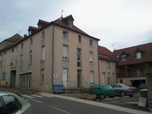 Chambre en Bourgogne (France) - Messigny-et-Vantoux - Huoneisto