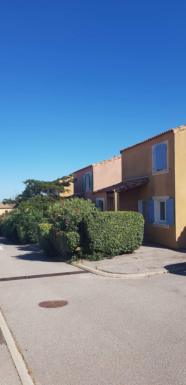 Villa dans résidence avec piscine