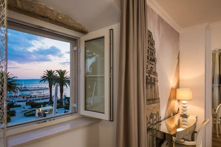 Guest House Imperial - luxury room - Split - Bed & Breakfast