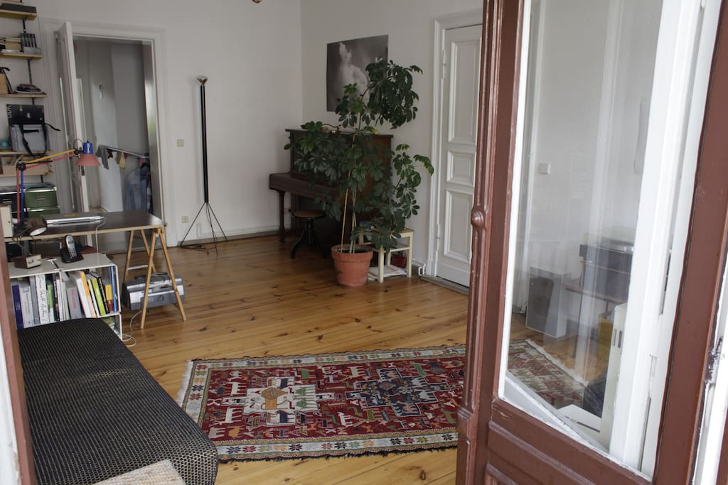 charmante wohnung in neuk lln apartamentos en alquiler en berl n berl n alemania. Black Bedroom Furniture Sets. Home Design Ideas