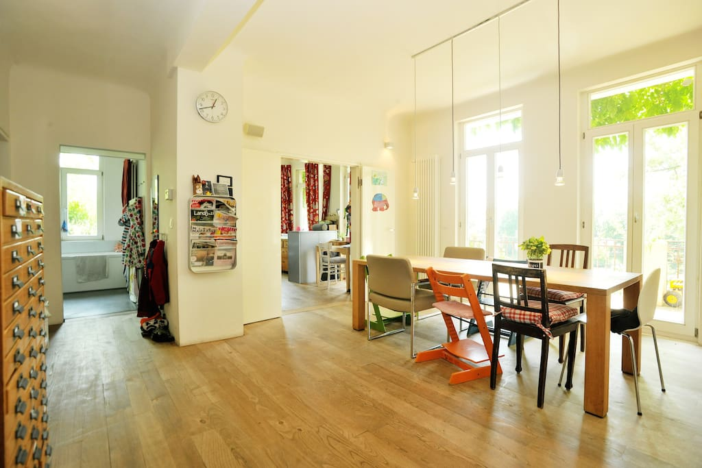 dream apartment neckarview apartments for rent in stuttgart baden w rttemberg germany. Black Bedroom Furniture Sets. Home Design Ideas