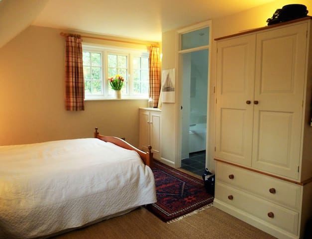 Large master bedroom with en-suite