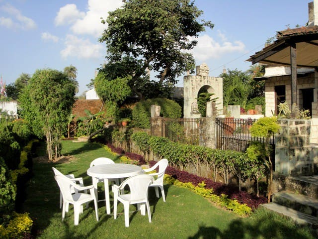 Tarak Heritage Bungalow - private and class stay