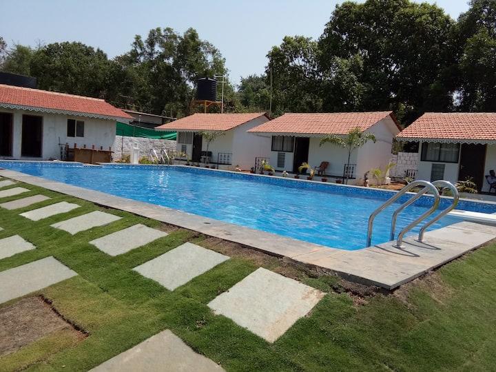 Alfred's Jewel Resort-Near Chapora Fort in Assagao