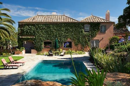 Quinta and Garden Oasis near Sintra - Albarraque - 別荘