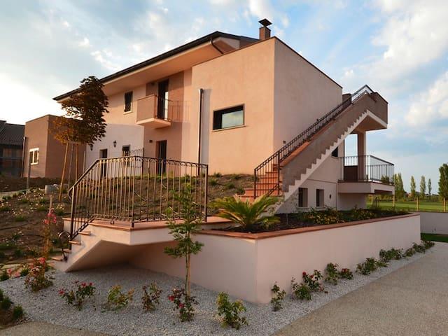 LIFE GOLF Appartamento FAMIGLIA - Miglianico - อพาร์ทเมนท์